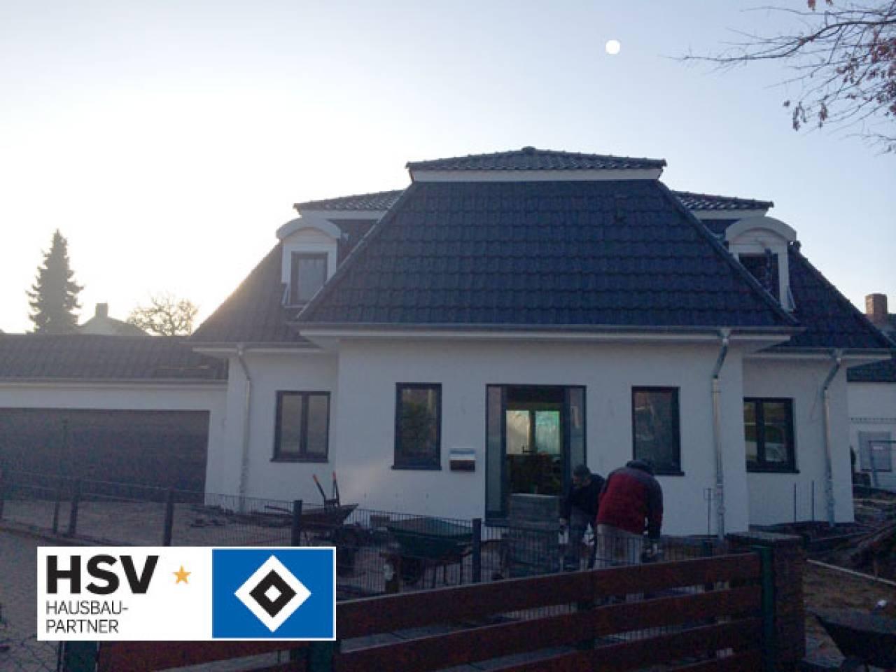 Breyer seck bau massive wohntr ume for Villa wedel